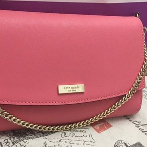 kate spade Bags - NWT Kate Spade Pink / Gold Crossbody Purse!